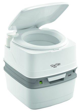 toilette-mit-manuellem-spulsystem
